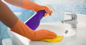 Pulisci a fondo il tuo bagno in 5 passaggi